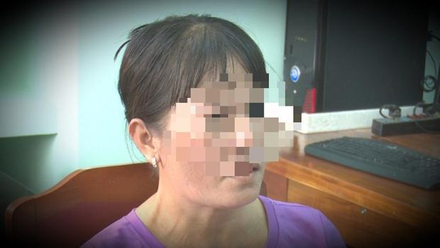 Báo tin giả bị hiếp dâm dã man để giữ chồng không theo vợ nhỏ-1