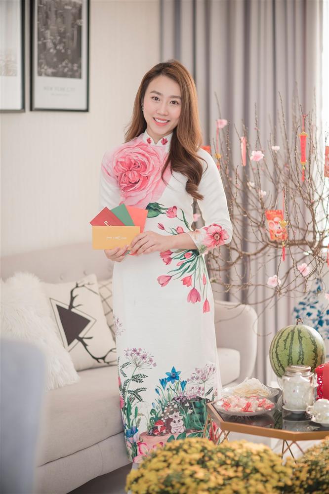 Hé lộ căn hộ cao cấp của diễn viên Hồng Loan hẹn hò cầu thủ Tiến Linh-3