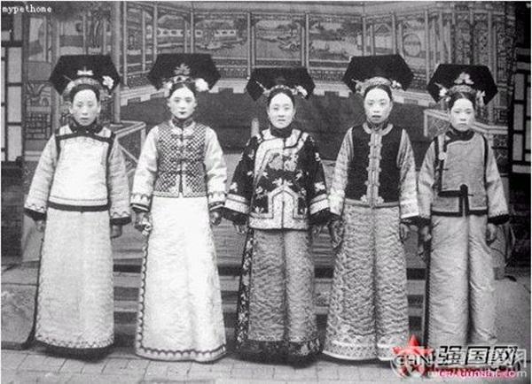 Triều nhà Thanh có hơn 200 nghìn nữ nhân, tại sao đa số các bức ảnh phi tần hậu cung được lưu giữ đến ngày nay lại kém sắc như thế?-2
