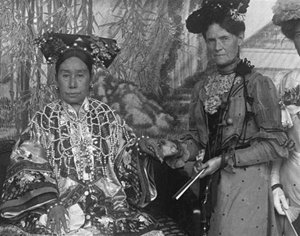 Triều nhà Thanh có hơn 200 nghìn nữ nhân, tại sao đa số các bức ảnh phi tần hậu cung được lưu giữ đến ngày nay lại kém sắc như thế?-5