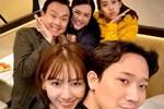 Trấn Thành - Hari Won bị chụp lén sau cánh gà, fan chẳng khen tình tứ mà xót xa vì thương đôi vợ chồng-5