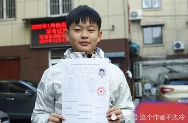 Hành trình từ cậu bé sinh non, bị bại não trở thành người đạt 11 kỷ lục Guinness thế giới-5