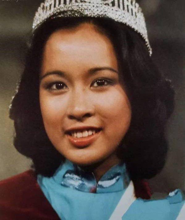 Hoa hậu Hong Kong: Bỏ tỷ phú chung sống 27 năm, tái hôn ở tuổi 50 vẫn được chồng mới cho gần 60 nghìn tỷ-2