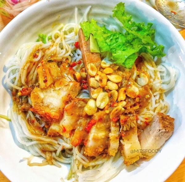 Bánh ướt heo quay và 3 món ngon nức tiếng miền Trung-6