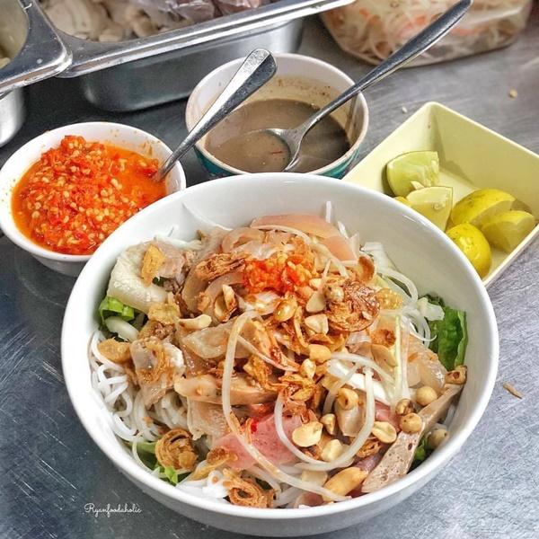 Bánh ướt heo quay và 3 món ngon nức tiếng miền Trung-7