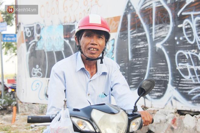 Đằng sau câu chuyện người đàn ông nghèo bật khóc khi bị CSGT tịch thu xích lô: Mấy chú góp tiền để tui mua chiếc xe máy, tui biết ơn dữ lắm!-8