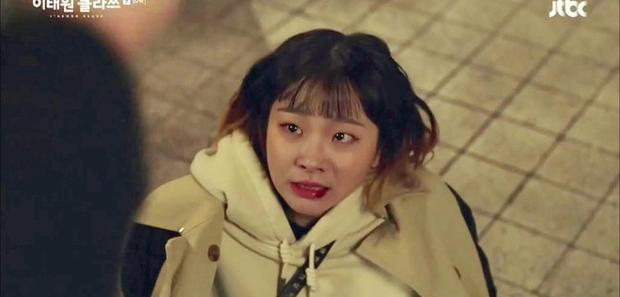 Hậu trường tập 10 Tầng Lớp Itaewon: Điên nữ bỏ rơi Park Seo Joon, đu đưa với ác nam Ahn Bo Hyun-2