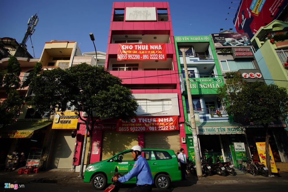 Hàng quán đóng cửa đồng loạt, chủ nhà vẫn không giảm giá thuê-9