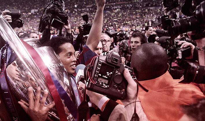 Ronaldinho - từ thiên tài trên đỉnh túc cầu đến cái gã trai hoang đàng trong xà lim-2
