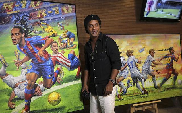 Ronaldinho - từ thiên tài trên đỉnh túc cầu đến cái gã trai hoang đàng trong xà lim-4