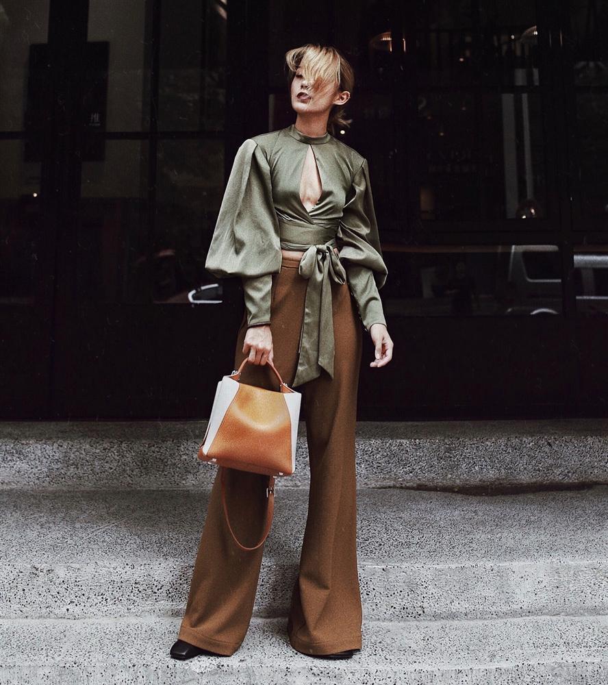Áo blouse kiểu quý tộc đang được hội chị em sao Hàn mê mệt, bánh bèo là thế nhưng lên đồ lại sang chảnh khó tin-10