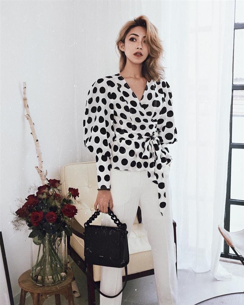 Áo blouse kiểu quý tộc đang được hội chị em sao Hàn mê mệt, bánh bèo là thế nhưng lên đồ lại sang chảnh khó tin-11