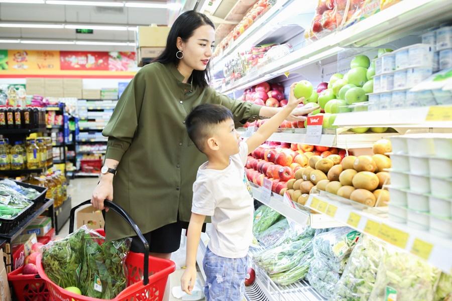 Con trai 5 tuổi hỏi Tại sao bao cao su lại để ở quầy thanh toán tiền trong siêu thị, mẹ lên mạng nhờ 500 chị em ra tay gỡ rối-2