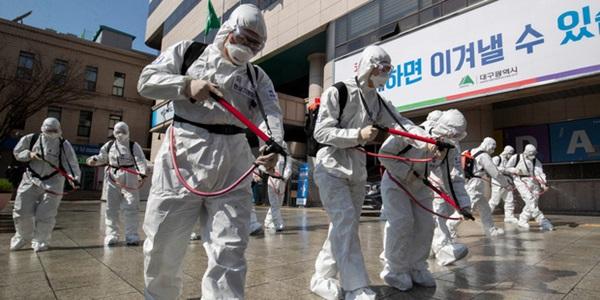 Mỹ đang là nước có tỉ lệ tử vong vì virus corona cao nhất thế giới và đây là lý do tại sao-3