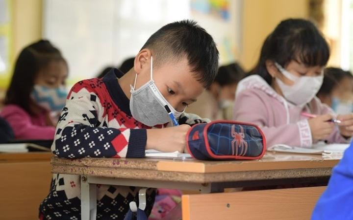 HÀ NỘI: Chính thức cho học sinh THPT đi học ngày 9/3, Mầm non đến THCS nghỉ hết 15/3-1