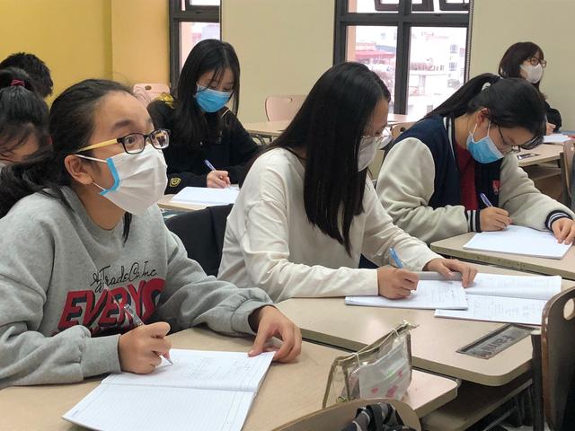 HÀ NỘI: Chính thức cho học sinh THPT đi học ngày 9/3, Mầm non đến THCS nghỉ hết 15/3-2
