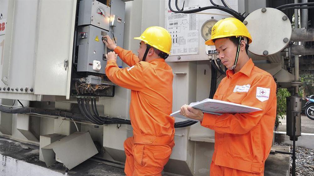 Dùng điện trên 700 số/tháng, chịu giá cao lo mà tiết kiệm-3