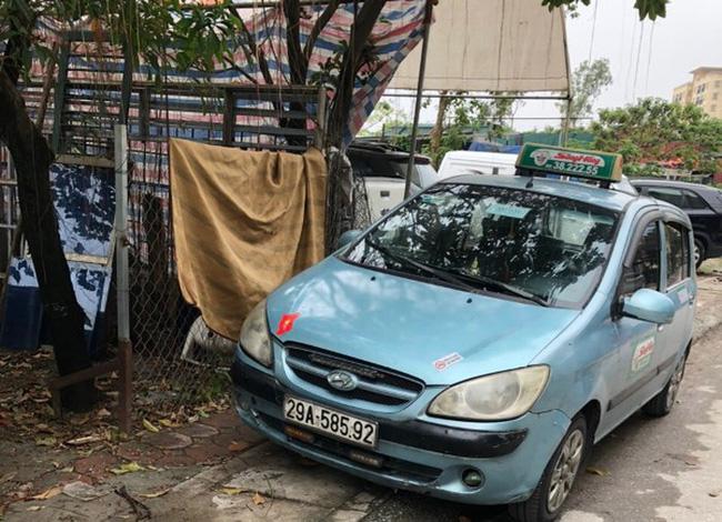 Vụ phát hiện một thi thể không quần áo trong ngõ ở Hà Nội: Tạm giữ tài xế taxi-2