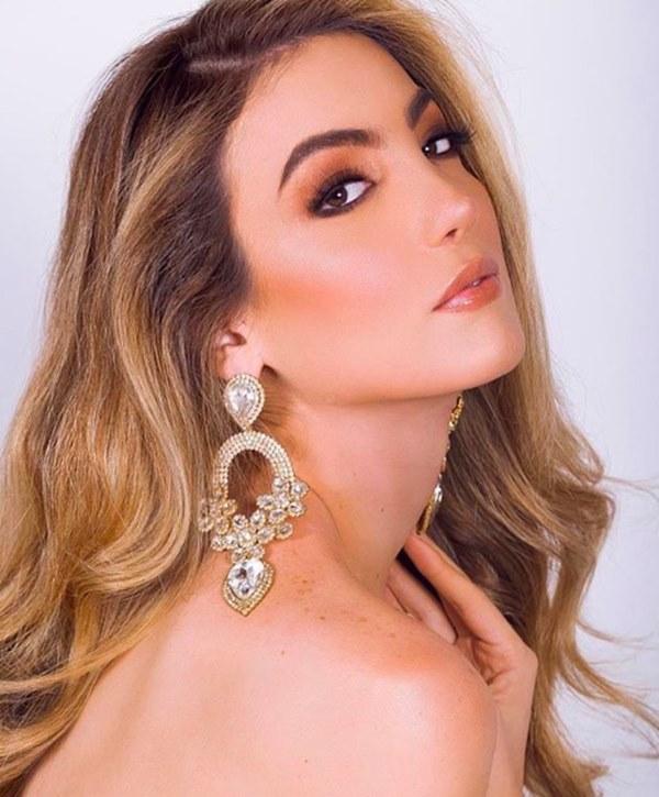 Chân dung Tân Hoa hậu Chuyển giới Mexico 2020: Gương mặt thu hút lạ, body nóng bỏng chẳng kém cạnh Hương Giang!-7