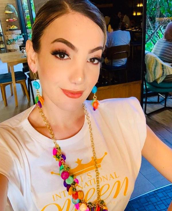 Chân dung Tân Hoa hậu Chuyển giới Mexico 2020: Gương mặt thu hút lạ, body nóng bỏng chẳng kém cạnh Hương Giang!-8