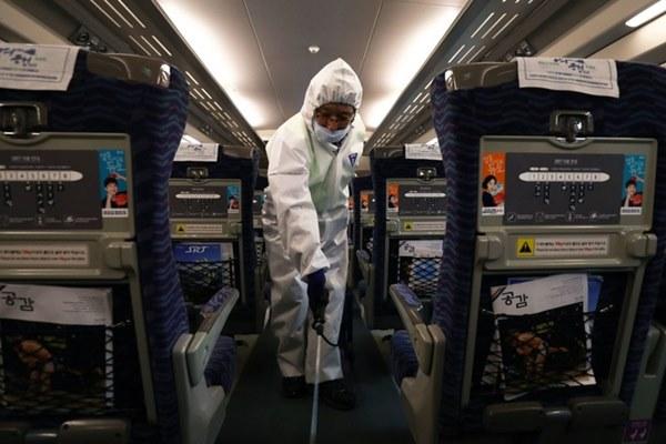 Các loại thiết bị công nghệ giúp chống dịch Covid-19-5