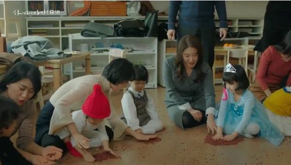 Hi Bye, Mama: Kim Tae Hee tức giận khi thấy con gái nhỏ bị ức hiếp-3