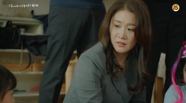 Hi Bye, Mama: Kim Tae Hee tức giận khi thấy con gái nhỏ bị ức hiếp-4