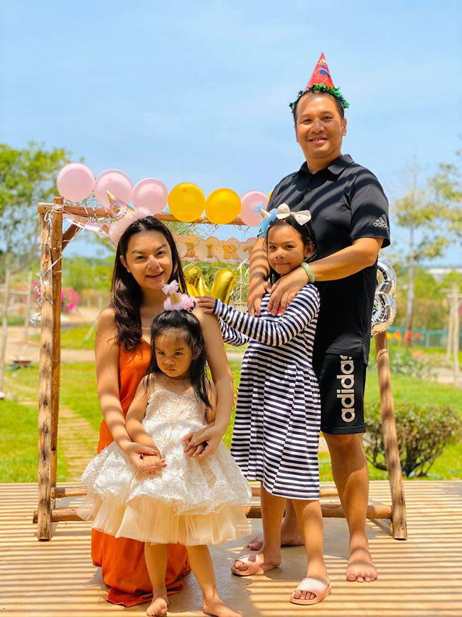 Phạm Quỳnh Anh bất ngờ đăng ảnh gia đình hạnh phúc, cặp vợ chồng đình đám ngày nào có thể tái hợp?-1