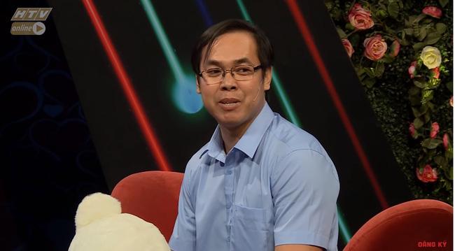 """Bạn muốn hẹn hò: Thầy giáo U38 bật khóc khi tiết lộ vợ bỏ vì lý do nhạy cảm"""" khiến Hồng Vân - Quyền Linh nghẹn ngào-1"""