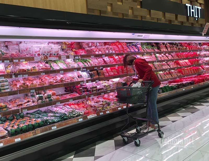 Rau quả, thực phẩm chất như núi, siêu thị vắng khách mua-12