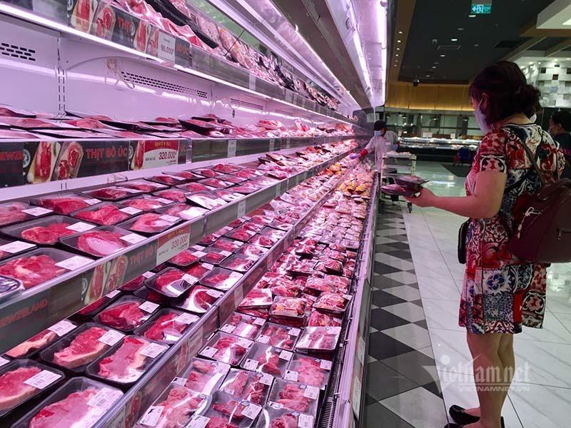 Rau quả, thực phẩm chất như núi, siêu thị vắng khách mua-13