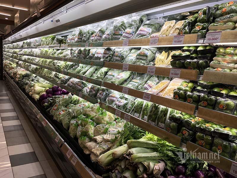 Rau quả, thực phẩm chất như núi, siêu thị vắng khách mua-2