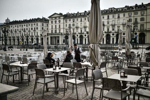Số ca nhiễm vượt 9.000, Italy mở rộng phong tỏa ra cả nước-2