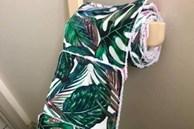 ÚC: Tự tạo ra cuộn giấy vệ sinh tái sử dụng, cô gái này nhanh tay bán online với giá 750.000 đồng