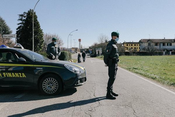Nước Ý trong ngày đầu bị phong tỏa: Nhiều người lách luật bằng mọi cách, mặc lời kêu gọi khẩn thiết từ chính phủ-3