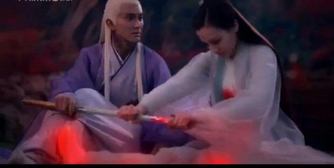 Tam sinh tam thế Chẩm thượng thư: Cao Vỹ Quang - Địch Lệ Nhiệt Ba nằm bất động với toàn thân đầy máu-3