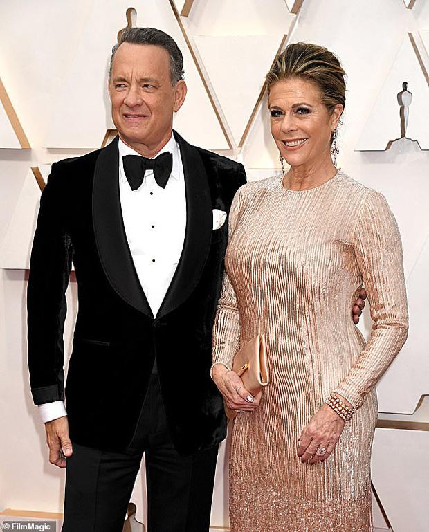 Vợ chồng tài tử Tom Hanks và Rita Wilson xác nhận dương tính với COVID-19-1