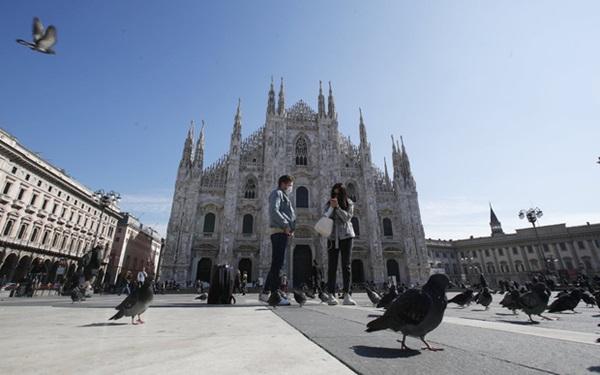 Italy sau lệnh phong tỏa: Cuộc sống chững lại, người dân cảm thấy sốc nhưng du khách vẫn muốn trải nghiệm khung cảnh im ắng lạ thường-3