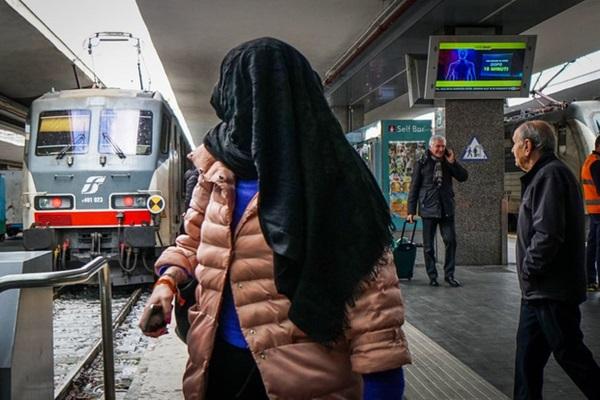 Italy sau lệnh phong tỏa: Cuộc sống chững lại, người dân cảm thấy sốc nhưng du khách vẫn muốn trải nghiệm khung cảnh im ắng lạ thường-8