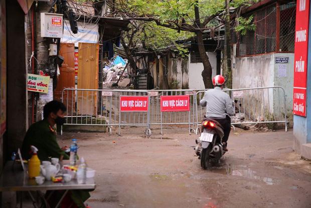 Bệnh viện Xanh-pôn lên tiếng sau khi bệnh nhân 39 đến khám: Hàng rào phòng hộ COVID-19 của bệnh viện được đảm bảo-1