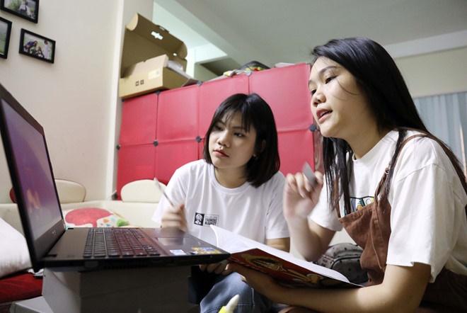 Bộ GD-ĐT đề xuất việc dạy học đại trà trên truyền hình cho học sinh, công nhận kết quả học trực tuyến-1