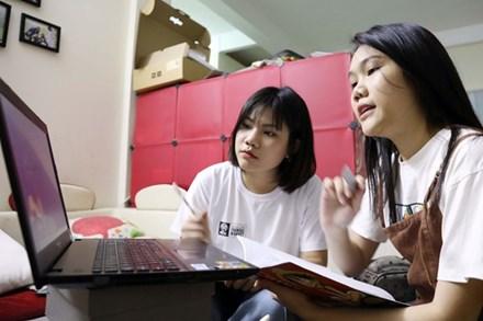 Bộ GD-ĐT đề xuất việc dạy học đại trà trên truyền hình cho học sinh, công nhận kết quả học trực tuyến