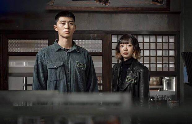 Mở đầu hầm hố nhưng Tầng Lớp Itaewon lại xuống phong độ rõ nét vì 5 lý do này, biên kịch ơi cứu nổi phim không?-6