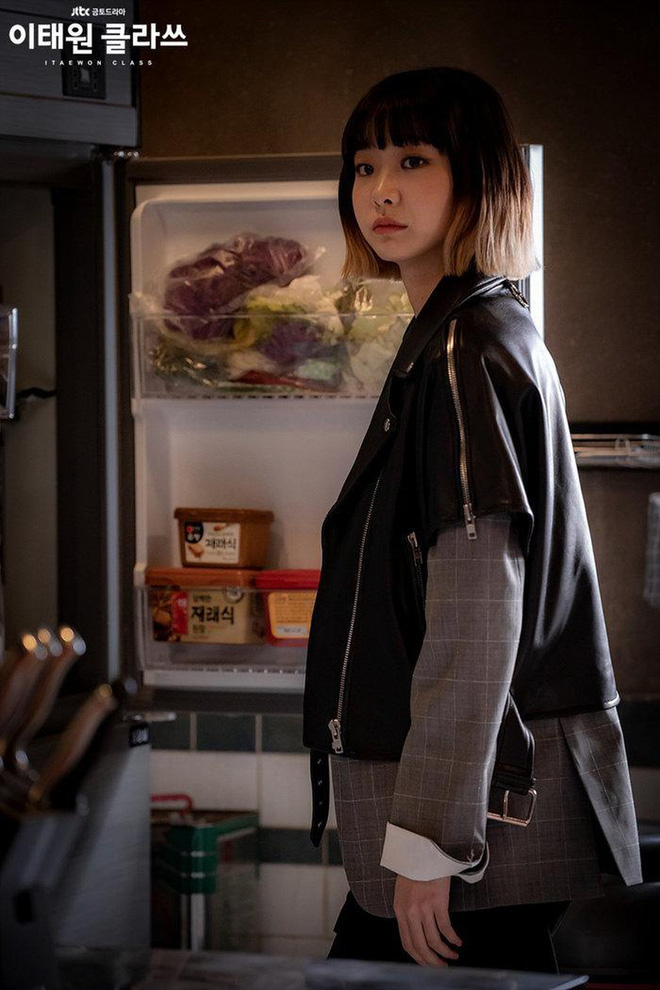 Mở đầu hầm hố nhưng Tầng Lớp Itaewon lại xuống phong độ rõ nét vì 5 lý do này, biên kịch ơi cứu nổi phim không?-13