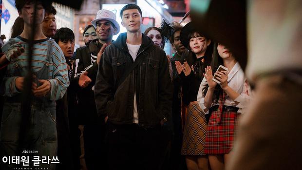 Mở đầu hầm hố nhưng Tầng Lớp Itaewon lại xuống phong độ rõ nét vì 5 lý do này, biên kịch ơi cứu nổi phim không?-15