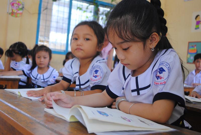Mới: 9 tỉnh thành ra thông báo khẩn cho học sinh tiếp tục lùi lịch học-1