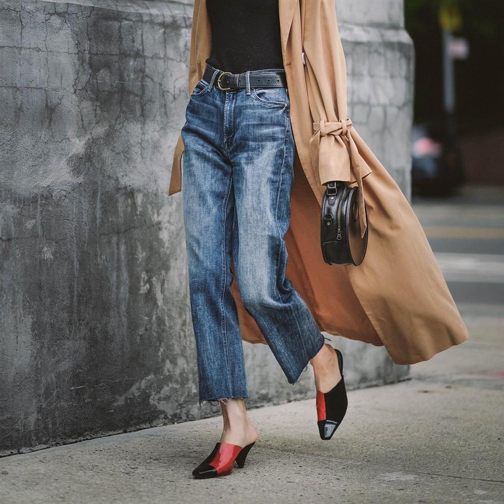 Mãi đến khi 30 tuổi, tôi mới biết đây là 4 dáng quần jeans mà người đùi to như tôi có thể mặc đẹp-8