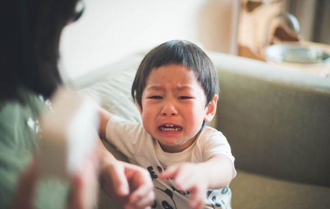 Nếu con trai khóc, bố mẹ đừng vội mắng yếu đuối, hãy để con thể hiện cảm xúc bởi những nguyên nhân quan trọng sau-3