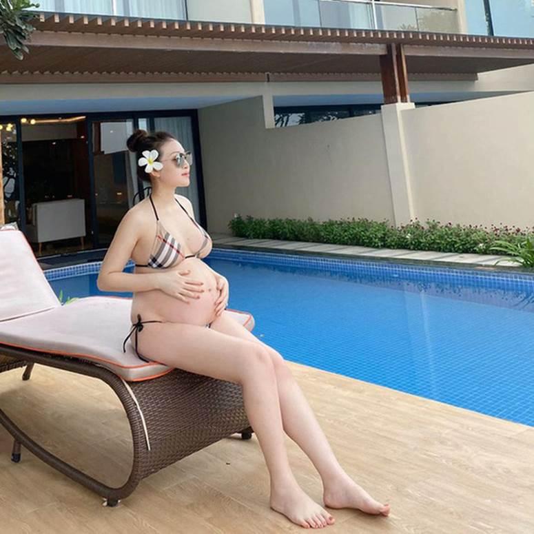 Hé lộ hình ảnh hiếm hoi về con gái mới sinh của cô dâu đeo 200 cây vàng ở Nam Định-1