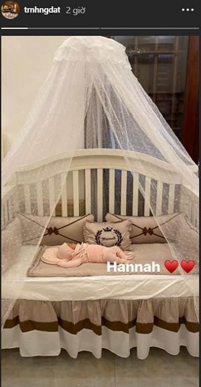 Hé lộ hình ảnh hiếm hoi về con gái mới sinh của cô dâu đeo 200 cây vàng ở Nam Định-3